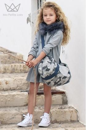 NATURE Vestido GRIS y capucha pelo camuflaje