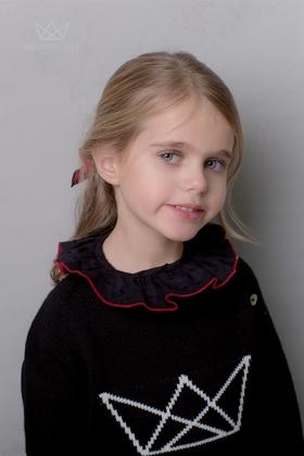 Camisa Plumeti Negra Remallado Rojo niña